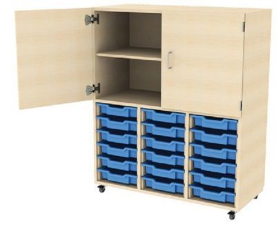 18-tray-unit-with-cupboard-above-1-compressor