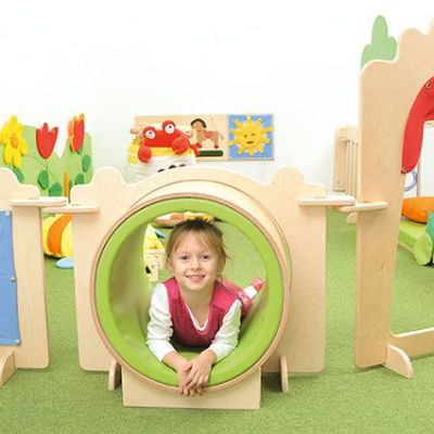 LS Kindergarten Tunnel