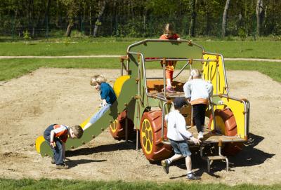 Majique Pick Up Slide 3